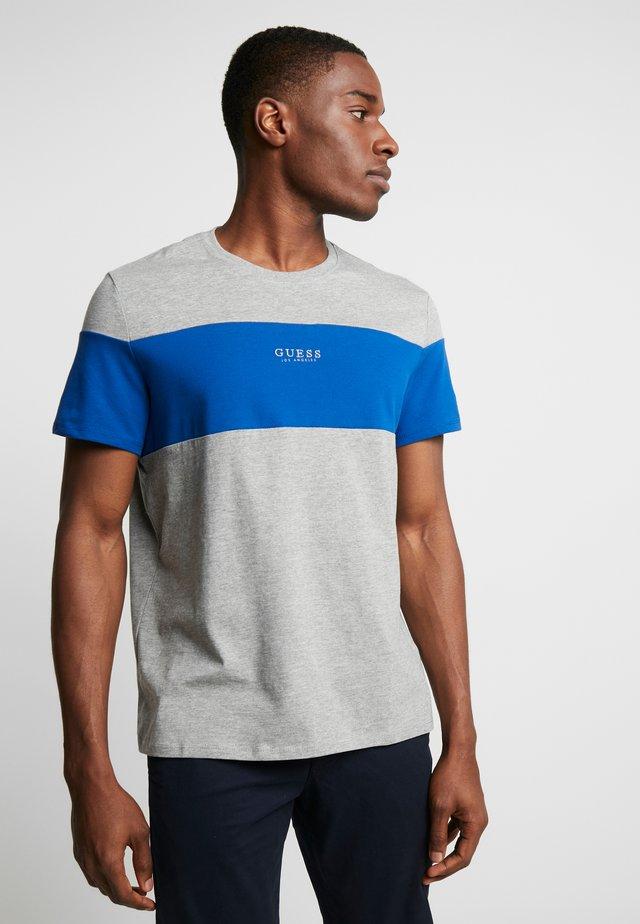 ON TOP TEE - T-shirt print - heather grey/blue