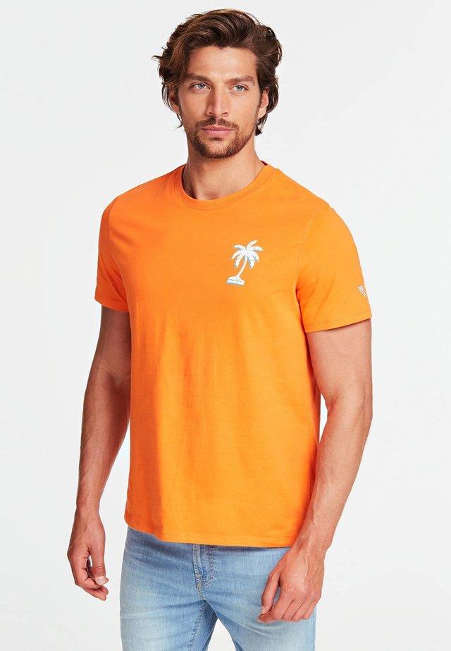 T-SHIRT GIROCOLLO - T-shirt print - arancione