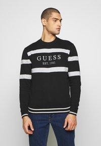 Guess - JACK - Sweatshirt - jet black - 0