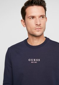 Guess - AUDLEY - Bluza - blue navy - 4