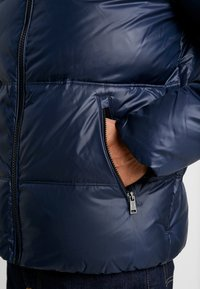 Guess - Down jacket - blue navy - 5