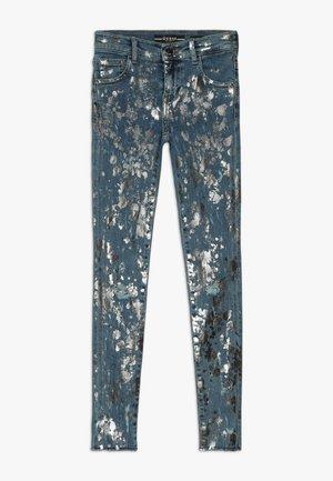 JUNIOR SKINNY PANTS - Skinny džíny - glacial damage blue