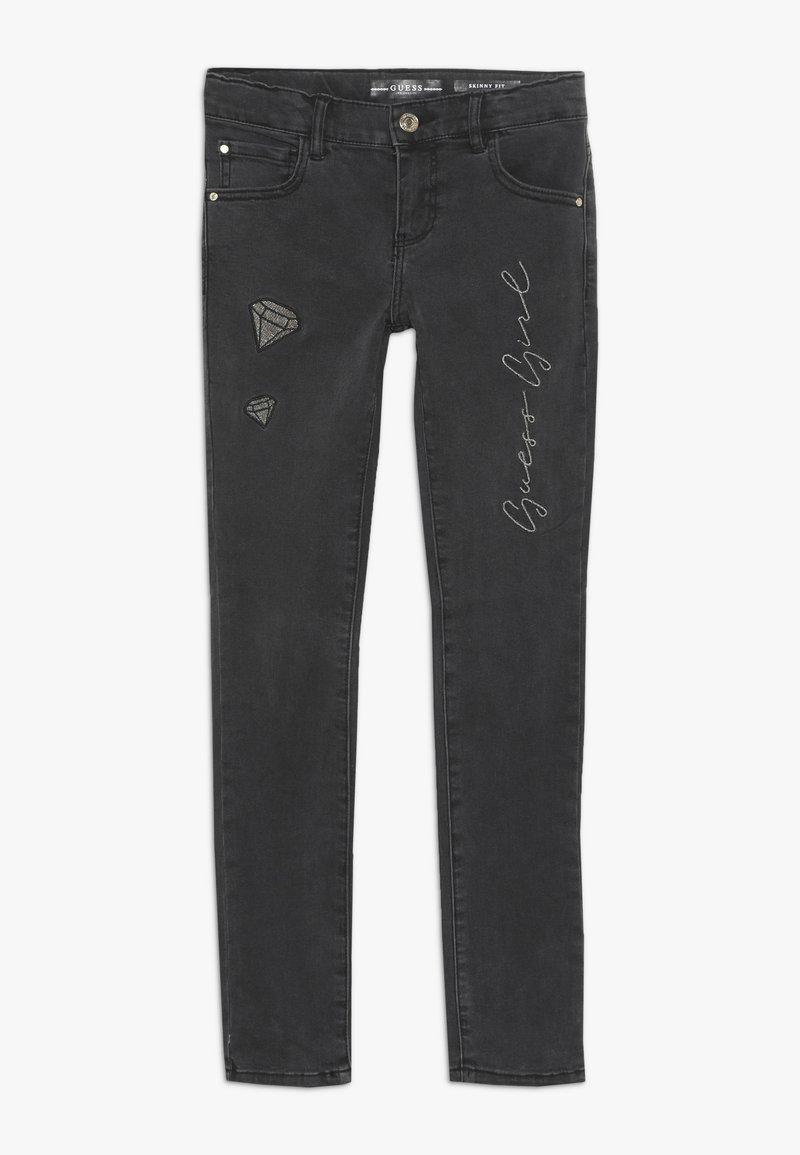 Guess - JUNIOR SKINNY PANTS - Skinny džíny - black faded denim
