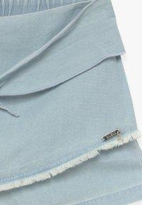 Guess - JUNIORCHAMBRAY - Denim shorts - vivi vintage light - 3