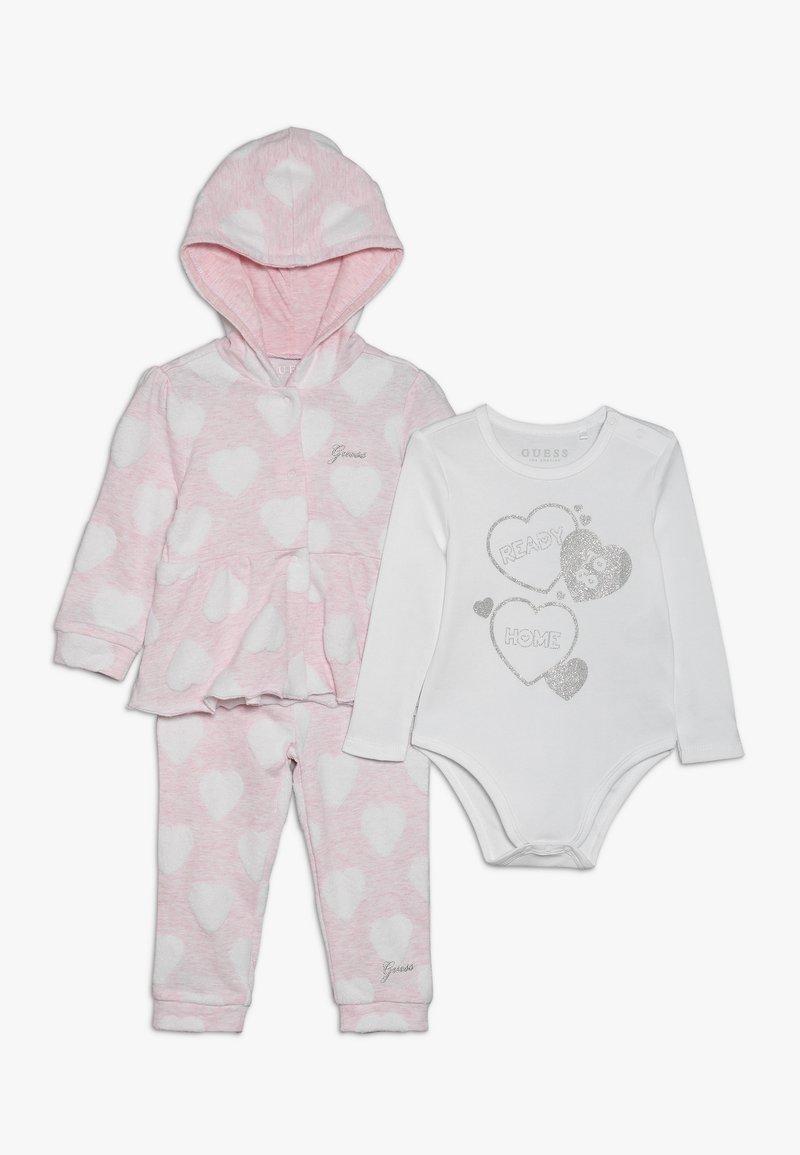 Guess - TAKE ME HOME BABY SET - Body - light pink