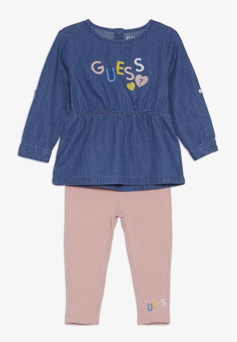 Guess - BABY SET - Leggings - Hosen - medium blue sky