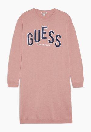 JUNIOR DRESS - Denní šaty - slip pink