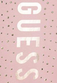 Guess - Denní šaty - slip pink - 4