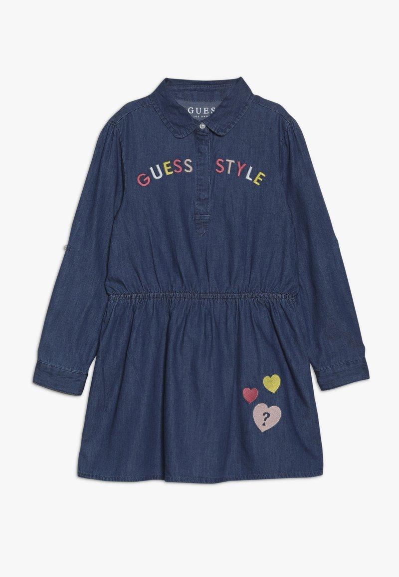 Guess - TODDLER DRESS - Sukienka jeansowa - medium blue sky