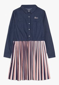 Guess - JUNIOR SLEEVE DRESS - Denim dress - storm dark blue - 0