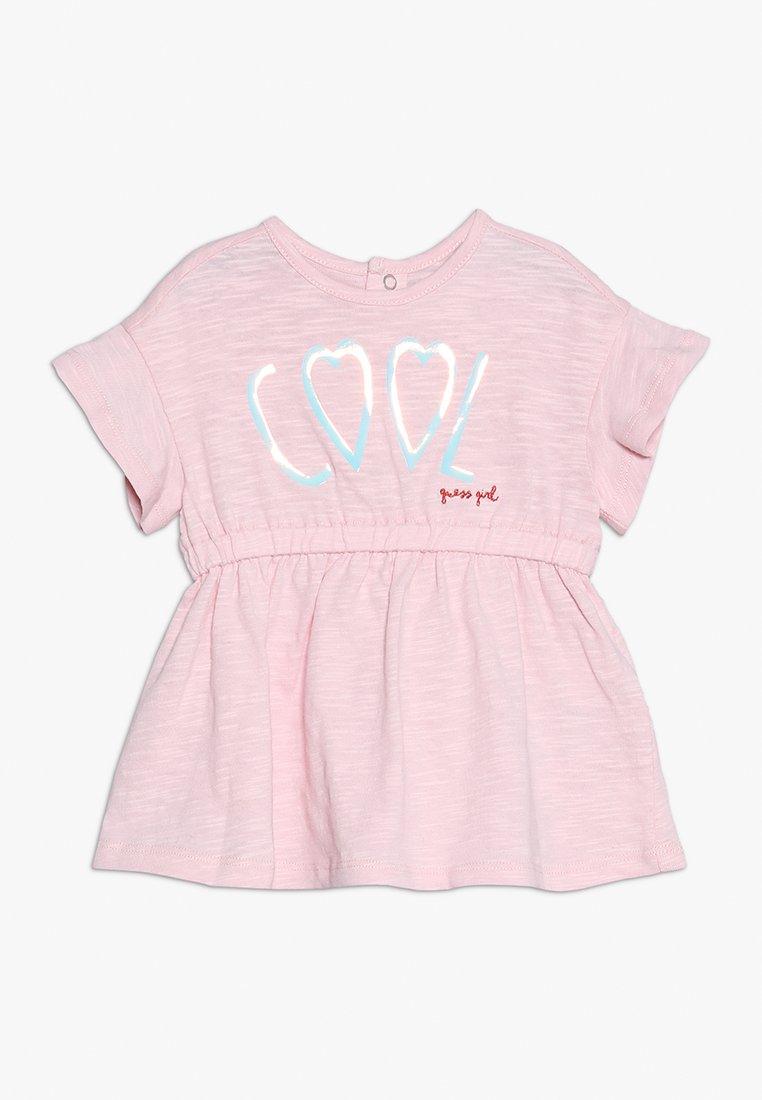Guess - DRESS BABY SET - Jersey dress - alabaster pink