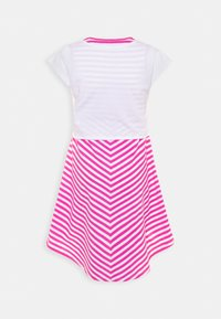Guess - DRESS - Sukienka z dżerseju - pink/white - 1