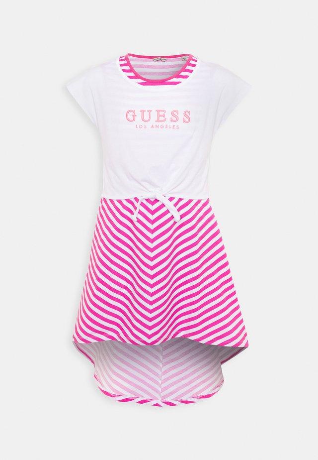 DRESS - Jerseyjurk - pink/white