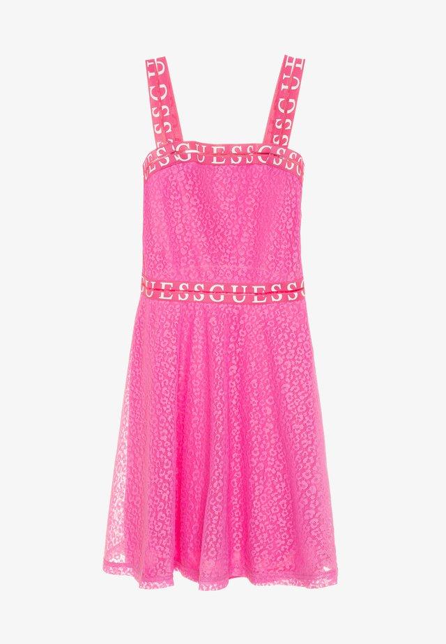JUNIOR DRESS - Vestito elegante - pop pink