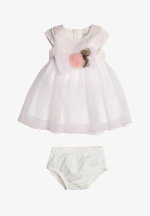 MIT EINSATZ AUS NETZSTOFF - Vestito elegante - light pink