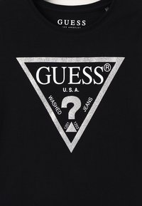 Guess - JUNIOR CORE - T-shirt z nadrukiem - jet black - 3