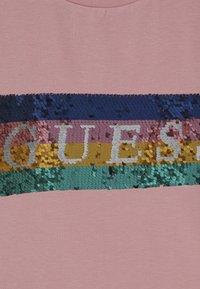 Guess - JUNIOR  - Top sdlouhým rukávem - slip pink - 4