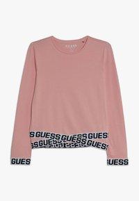 Guess - JUNIOR LOGO - Bluzka z długim rękawem - slip pink - 0