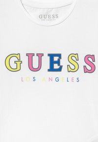 Guess - JUNIOR MIDI - T-shirts med print - true white - 3