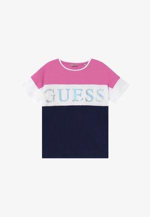 JUNIOR  - Print T-shirt - thick blue thin fuch