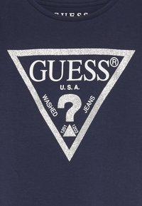 Guess - TODDLER CORE - T-shirt z nadrukiem - deck blue - 3