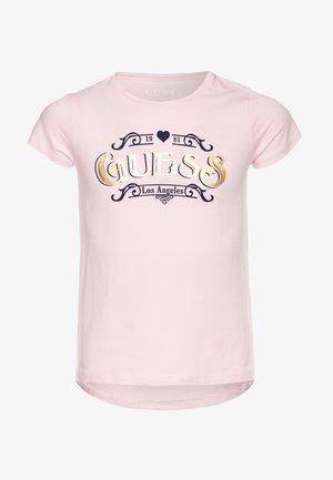JUNIOR HIGH LOW - Camiseta estampada - alabaster pink