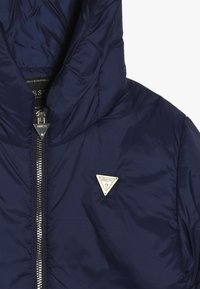 Guess - JUNIOR PADDED HOODED LONG JACKET - Płaszcz zimowy - deck blue - 4