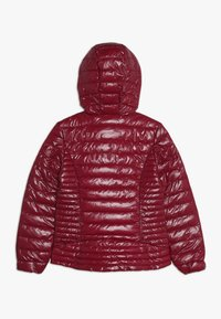 Guess - JUNIOR THERMORE HOODED JACKET - Zimní bunda - rouge/russian red - 1