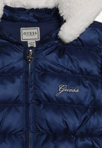 Guess - PADDED HOODED JACKET BABY - Down jacket - deck blue - 5