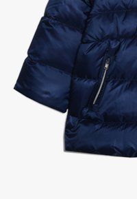 Guess - PADDED HOODED JACKET BABY - Down jacket - deck blue - 2