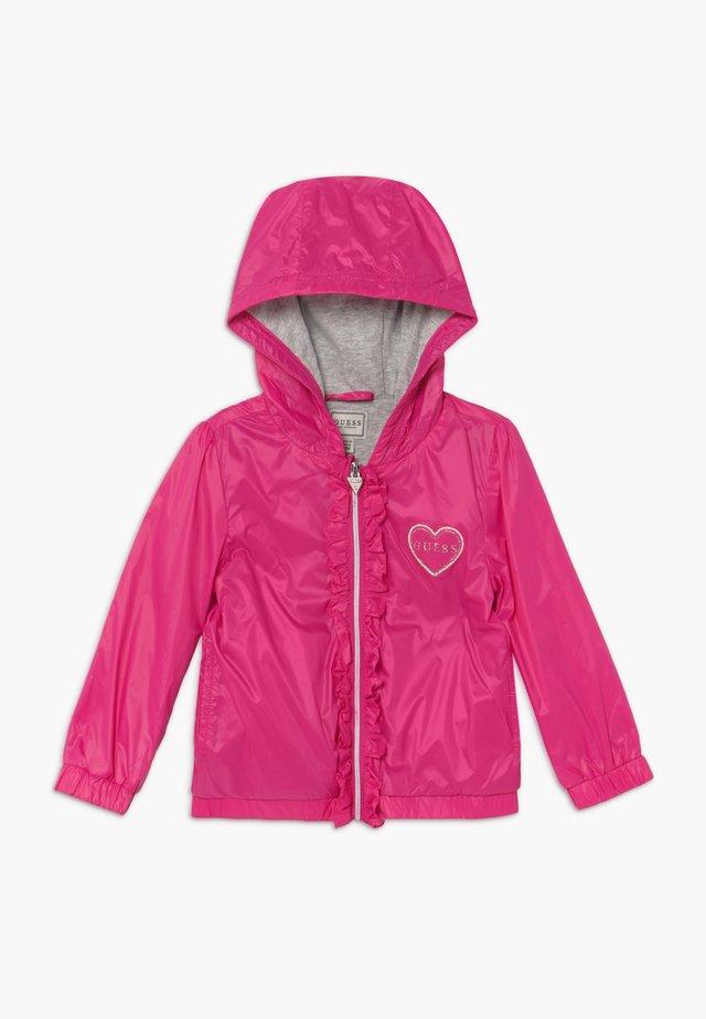 HOODED JACKET BABY - Jas - rouge/shocking pink