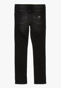 Guess - JUNIOR SKINNY PANTS - Jeans Skinny Fit - black/white - 1