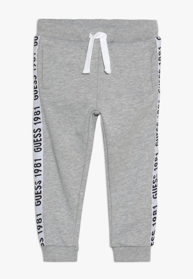 Guess - TODDLER ACTIVE PANTS - Pantalones deportivos - light heather grey