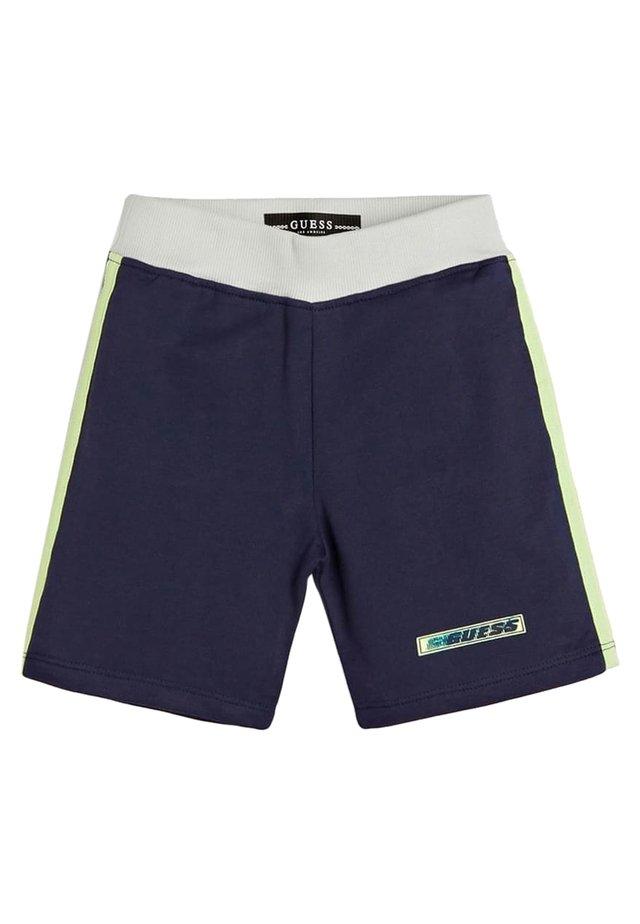 GUESS SHORTS LOGO - Shorts - blue