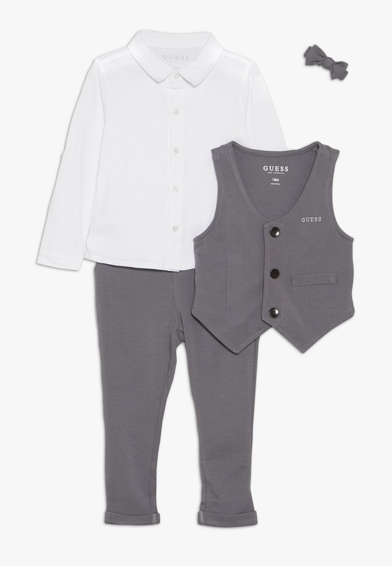 Guess - VEST PANTS BABY SET - Baby gifts - storms a coming