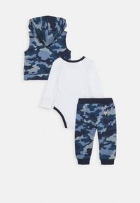 Guess - BABY SET - Chaleco - blue - 1