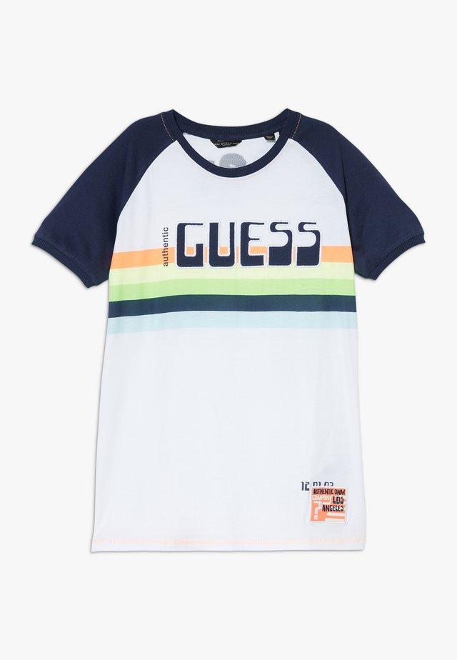 JUNIOR - T-shirt print - blanc pur