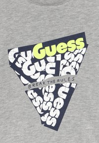 Guess - T-shirt imprimé - light heather grey - 3