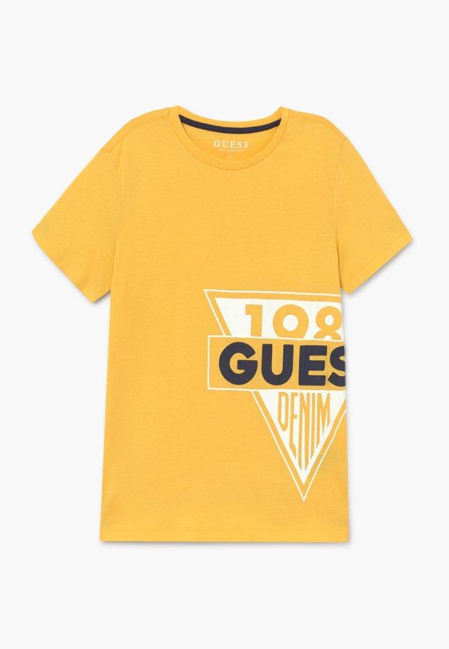 JUNIOR  - Camiseta estampada - gold rush yellow