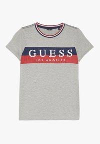 Guess - JUNIOR - T-shirt z nadrukiem - grey - 0