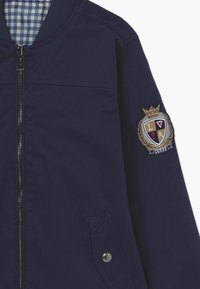 Guess - JUNIOR REVERSIBLE - Light jacket - deck blue - 3