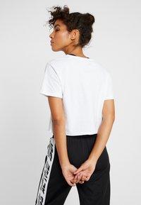 Guess - Print T-shirt - white - 2