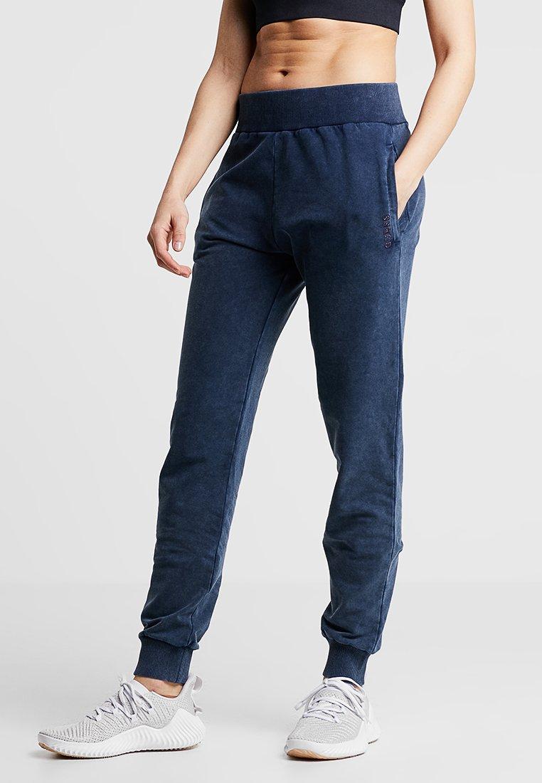 Guess - LONG PANT - Jogginghose - blue peony