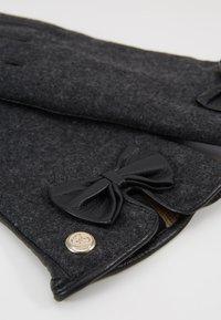 Guess - GLOVES - Handschoenen - black - 4