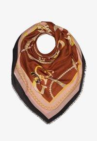 Guess - SHEROL PRINTED KEFIAH - Šátek - cognac multi - 1