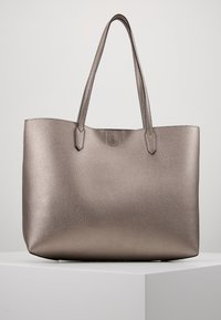 Guess - UPTOWN CHIC BARCELONA TOTE SET - Tote bag - pewter - 2