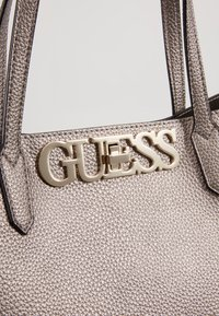 Guess - UPTOWN CHIC BARCELONA TOTE SET - Tote bag - pewter - 7