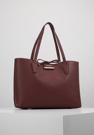 BOBBI INSIDE OUT TOTE SET - Handbag - merlot/rosewood