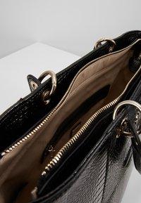 Guess - KAMRYN - Tote bag - black - 4