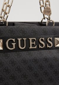 Guess - KERRIGAN GIRLFRIEND CARRYALL - Kabelka - coal - 6